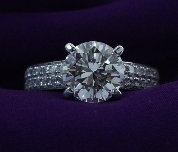 Save thousands on an Engagement Ring