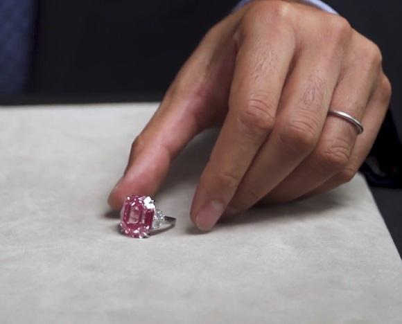 Christie's to auction largest, finest pink diamond in its history