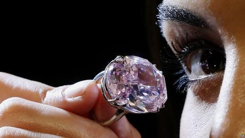 Sotheby's Sells 59.6 carat pink for $94.2 million AUD