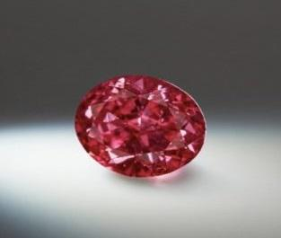 Rio Tinto unveils Argyle's largest Fancy Purplish Red diamond